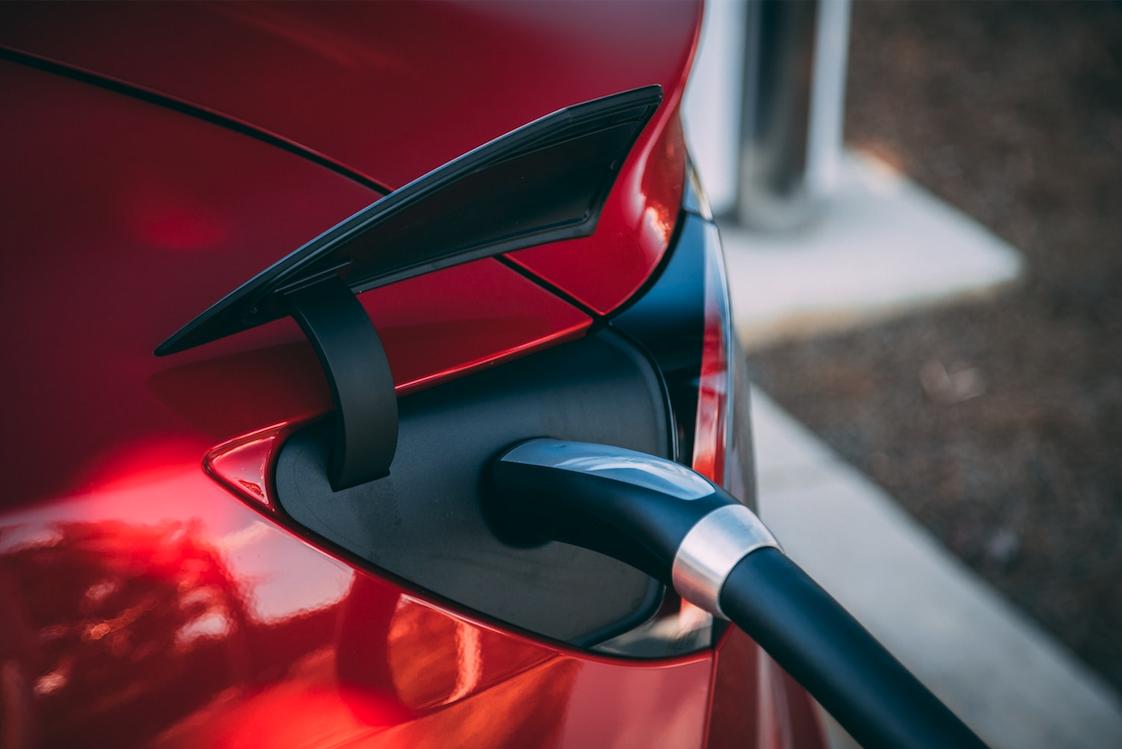 Consejos para el cuidado de las baterías de los coches eléctricos