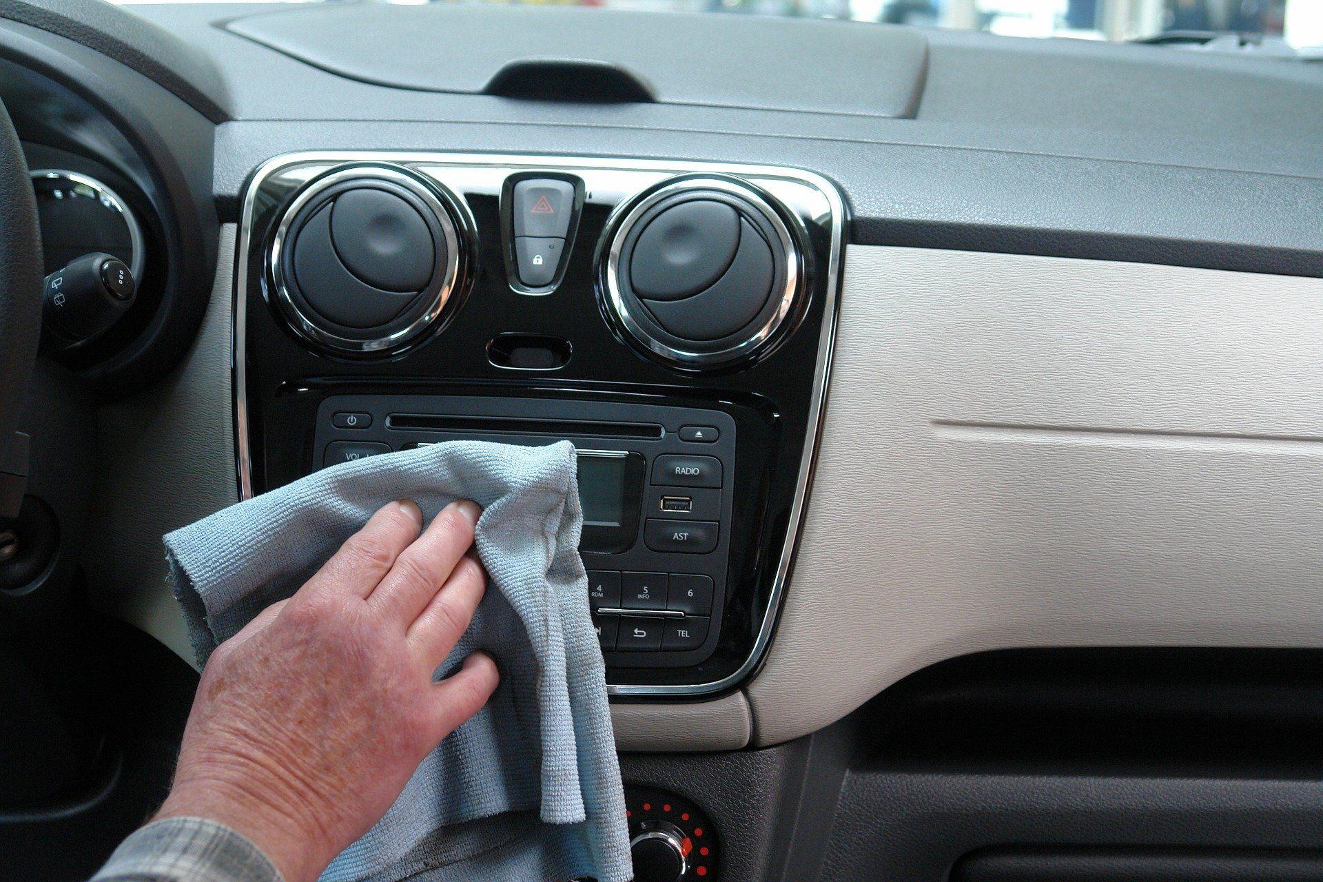 Coronavirus: ¿Cómo desinfectar el coche correctamente?